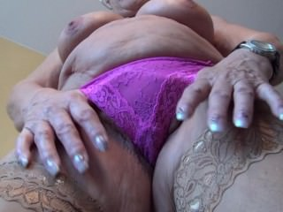 Old granny shows her tits