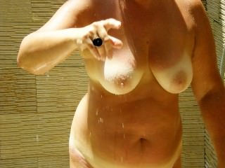 spycam the mother 52 years of my wife in shower